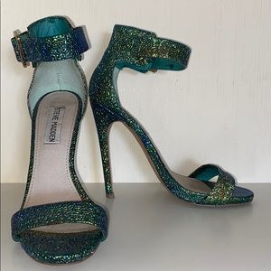 Steve Madden Mermaid Pumps